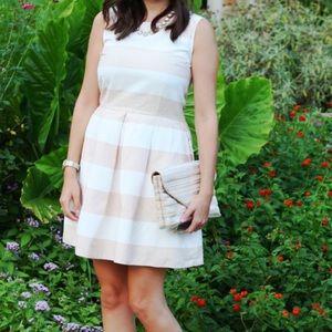 Gap size 4 stripe dress pleated